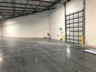 Warehouse for rent in Riverside, CA