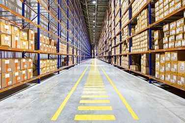 Warehouse for rent in Downers Grove, IL