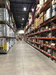 Warehouse for rent in Levittown, PA