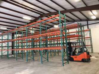 Warehouse for rent in Round Rock, TX