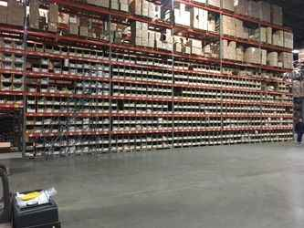 Warehouse for rent in Edison, NJ