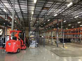 Warehouse for rent in Medley, FL