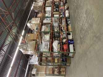 Warehouse for rent in Amherst, NY