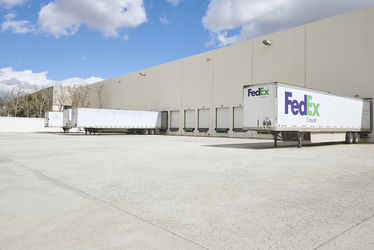 Warehouse for rent in Lincolnwood, IL