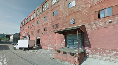 Warehouse for rent in Pittsburgh, PA