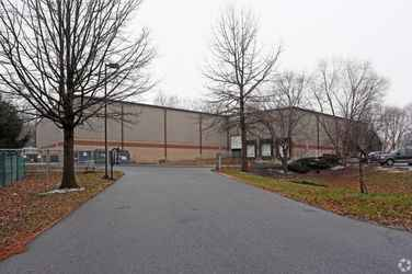 Warehouse for rent in Blandon, PA