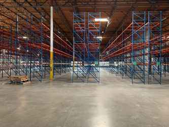 Warehouse for rent in Richmond, CA
