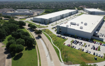 Warehouse for rent in Richardson, TX