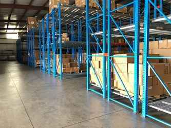 Warehouse for rent in Muscle Shoals, AL