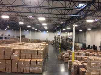 Warehouse for rent in Bell, CA