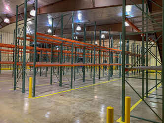 Warehouse for rent in Markham, IL