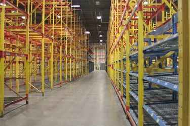 Warehouse for rent in Aurora, CO