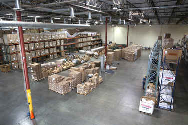 Warehouse for rent in Valencia, CA