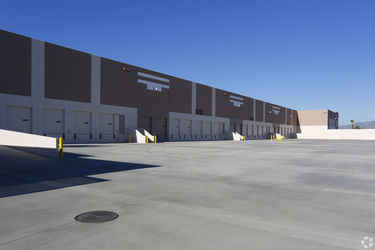 Warehouse for rent in Jurupa Valley, CA