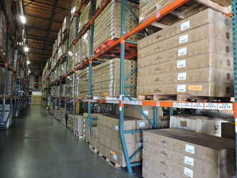 Warehouse for rent in Lake Forest, CA