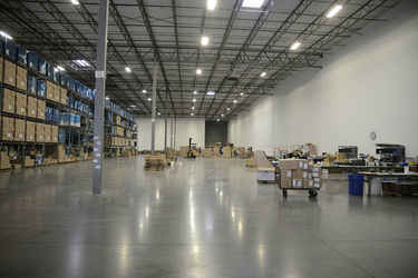 Warehouse for rent in Grapevine, TX