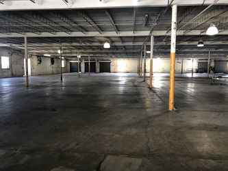 Warehouse for rent in Jackson, GA