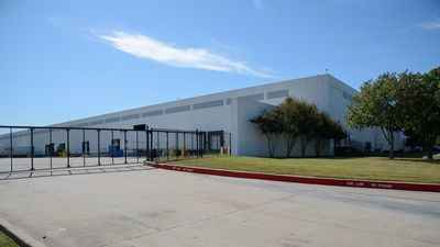 Warehouse for rent in Haslet, TX