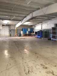 Warehouse for rent in Flint, MI