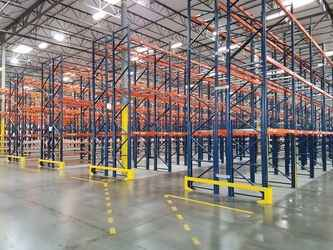 Warehouse for rent in Chino, CA